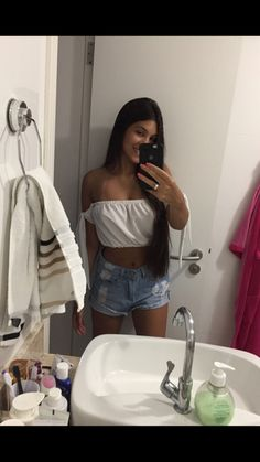 Trendy Outfits, Summer Outfits, Cute Outfits, Fashion Outfits, Girl Pictures, Girl Photos, Funny Photography, Girl Inspiration, Hair Photo