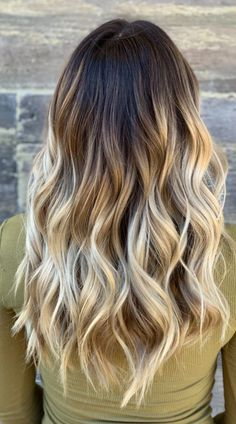 Let's jazz up your overflowing tresses with some ombré. You'll love these creative ombre ideas! Try different color combinations for a touch of exotic. Photo credit: Instagram @hairbyhaley.d Long Ombre Hair, Latest Hairstyles, Photo Credit, Color Combinations, Different Colors, Jazz, Exotic, Most Beautiful, Stylists
