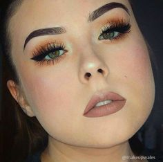 tutorial how to make your eyebrows thicker with makeup