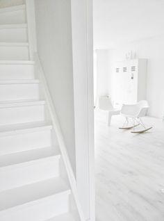 White interior | interior design. Innenarchitektur . design d'intérieur |  Inspiration @ craveforwhite |