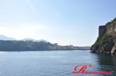 Il #Borgo di Ischia Ponte un tempo il #Borgo di Celsa, ospita le rovine sottomarine dell'antica #Aenaria
