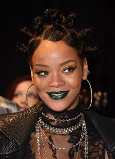 Rihanna - 2014 iHeartRadio Music Awards