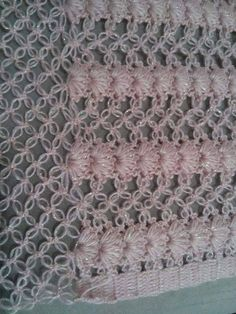 This Pin was discovered by Ayș Tunisian Crochet, Crochet Motif, Crochet Shawl, Crochet Stitches, Knit Crochet, Crochet Patterns, Diy Crochet Halter Top, Easy Crochet, Crochet Baby