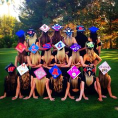 A great idea for a high school graduation photo! Or college grads that are high school friends!