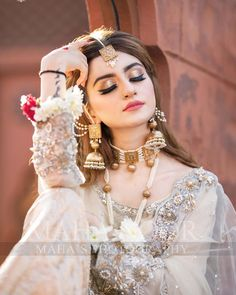 "Maha Wajahat Khan on Instagram: ""Shoot for @faizas.salon Stay Tuned 😍😍 #mahasphotography @mahawajahatkhan @mahasphotographyofficial Designer…"" Pakistani Bridal Makeup, Pakistani Wedding Outfits, Indian Bridal Outfits, Indian Bridal Fashion, Bridal Makeup Looks, Bridal Beauty, Beautiful Pakistani Dresses, Bridal Hair Buns, Bridal Photoshoot"