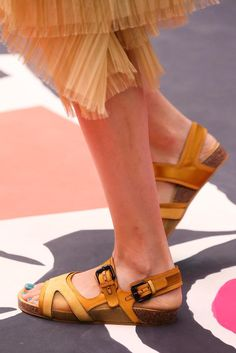 Burberry Prorsum Spring 2015 Ready-to-Wear - Details - Gallery - Look 123 - Style.com