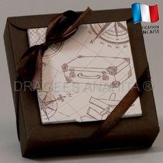 Le plus grand contenant du thème voyage, un contenant à dragées qui pourra recevoir plus de 15 dragées aux amandes ou au chocolat.