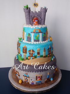 Angry Birds Cakes by Art Cakes, via Flickr