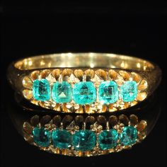 Antique Victorian 5 Stone Emerald Ring in 18k Gold
