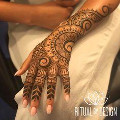 Ideas jewerly tattoo arm simple for 2019 Henna Designs Arm, Mehndi Designs For Girls, Modern Mehndi Designs, Mehndi Design Pictures, Wedding Mehndi Designs, Latest Mehndi Designs, Henna Tattoo Designs, Mehandi Designs, Tattoo Ideas