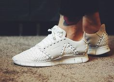 NIKE Women's Shoes - Nike Free Inneva Woven 2 SP White  - Find deals and best selling products for Nike Shoes for Women