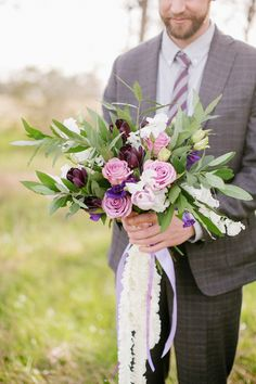 Purple bouquet | Kimberly Chau Photography | see more on: http://burnettsboards.com/2014/04/radiant-orchid-southern-twist/