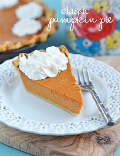 When the holidays roll around, there is just nothing like a Classic Pumpkin Pie.  Even better - it's super simple to prepare and is always a hit at the table.  With just 15 minutes of prep time, your holiday planning just got off to a quick start!   Kitchen Meets Girl