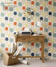modern floral wallpaper by laura ashley Beautiful Floral Patterns And Trends For 2013 interior design Modern Floral Wallpaper, Floral Pattern Wallpaper, Retro Wallpaper, Print Wallpaper, Wallpaper Ideas, Decoration Piece, Laura Ashley, Home Improvement Projects, Designer Wallpaper