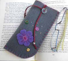 Grey felt eyeglass case Mother's day gift Flower by dadahandmade