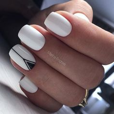 White nails, black detail and golden ring - LadyStyle