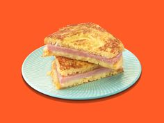 Try a taste of France with the SPAM® Monte Cristo Sandwich. SPAM® Classic and creamy Muenster cheese will have you saying Oui Oui in no time! Spam Recipes, Great Recipes, Cooking Recipes, Favorite Recipes, Recipies, Soup And Sandwich, Salt And Pepper Ribs, French Sandwich, Salads