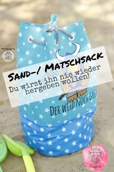 Du hast auch keine Lust mehr nach dem Spielplatzbesuch überall den Sand vom Spi… You also do not feel like after the playground visit everywhere the sand from the playground to have? Then check out this DIY duffel bag for… Continue Reading → Diy Projects For Kids, Diy For Kids, Crafts For Kids, Textiles, Toys For Girls, Kids Toys, Baby Toys, Diy Bebe, Sewing Patterns For Kids
