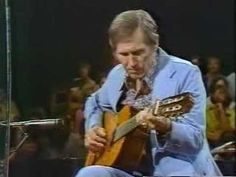 """One of the true greats of guitar, Chet Atkins - """"Autumn Leaves"""""""