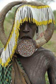 ✿ڿڰۣ(̆̃̃•Aussiegirl  Mursi Tribe.   People of the world. We are beautiful. Faces. Picture. Potraits. Stunning gorgeous