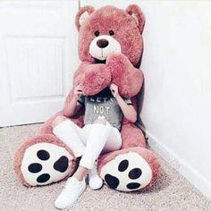 Cute dp for whatsapp latest Huge Teddy Bears, Giant Teddy Bear, Teddy Girl, Girl Pictures, Cute Pictures, Teady Bear, Whatsapp Dp Images, Girls Dpz, Girl Photography Poses