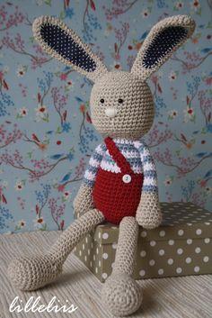 PATTERN Longear Rabbit crochet amigurumi por lilleliis en Etsy
