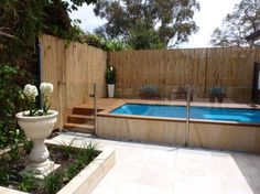Awesome Pool Fence Ideas for Privacy and Protection Pool secure fencings are excellent for individual privacy along with protection. Yet you can still take pleasure in developing your pool fence. Right here are 27 Impressive pool fence ideas! Small Swimming Pools, Small Pools, Swimming Pools Backyard, Pool Landscaping, Backyard Pool Designs, Small Backyard Pools, Outdoor Pool, Backyard Privacy, Backyard Ideas