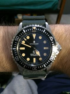 My Steinhart Ocean Vintage Military, the classiest homage to the Rolex MilSub ref. 5517 that I have found.