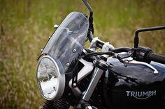 TRIUMPH STREET TWIN - Classic