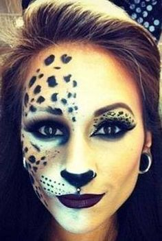 halloween cat makeup Would definitely do this! halloween cat makeup Would definitely do this! Looks Halloween, Diy Halloween, Halloween Costumes, Halloween Face Makeup, Cat Costumes, Leopard Halloween Makeup, Bricolage Halloween, Classy Halloween, Halloween Kitchen