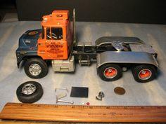 Mack Roadway 1 25 Truck Model Semi Tractor Trailer 1970 1980 Vintage Built LQQK…