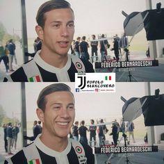 "427 mentions J'aime, 4 commentaires - Popolo BiancoNero  (@popolo_bianconero_) sur Instagram: "" #juventus #juve #federicobernardeschi #bernardeschi #finoallafine #forzajuve #popolobianconero"""