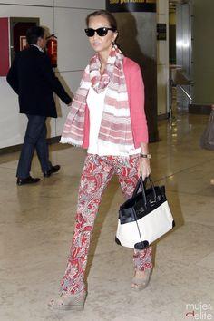 Isabel Preysler, muy elegante en el aeropuerto de Miami