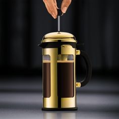To buy Bodum New Chambord Cafetière 1 L? Give your house some fonQ! - Also evening delivery Coffee Beans, Coffee Cups, Walmart Us, French Press Coffee Maker, Chambord, Latte Macchiato, The Conjuring, Simple Way, Kitchen Appliances