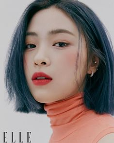 Photo album containing 14 pictures of ITZY Kpop Girl Groups, Kpop Girls, Korean Girl Groups, Hair Inspo, Hair Inspiration, Kpop Hair Color, Korea Hair Color, Mode Pop, Peinados Pin Up
