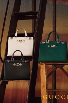 f62124ed3724 Gucci - Gucci Zumi grainy leather medium top handle bag