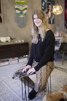 Tale Frisak, Fredensborg Oslo Oslo, Lace Skirt, Faces, Lifestyle, Skirts, People, Fashion, Moda, Skirt