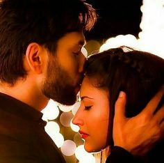 This story is about shivika who had arranged marriage. Cute Love Couple, Beautiful Couple, Cute Family, Best Couple Pictures, Girl Pictures, Anika Ishqbaaz, Anime Kitten, Love Wallpapers Romantic, Diy Gifts For Mothers
