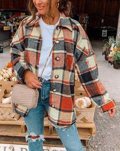 Flannel Jacket, Plaid Coat, Shirt Jacket, Flannel Style, Plaid Flannel, Flannel Shirt, Fall Shirts, Fall Outfits, Cute Flannel Outfits