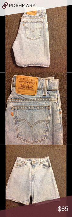 "Vintage Levis High 30"" Waist Mom Shorts 10 Nice pair of vintage Levis! Light wash relaxed fit. Marked size 10. Waist 30"" around Rise 12"" Inseam 7 1/4"". Great condition Levi's Shorts Jean Shorts"