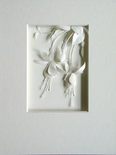 Les sculptures de papier de Cheong-ah Hwang « Nathalie Boutté – Paper art 3d Paper Art, Paper Artwork, Paper Artist, Diy Paper, Paper Crafts, Kirigami, Papercut Art, Cut Out Art, Papier Diy
