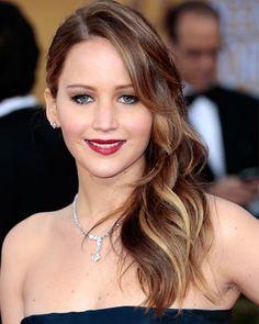 Jennifer Lawrence soft balayage waves