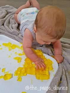 Five Sensory Experiences for Babies Months Old – The Paige Diaries - Activities for kids Baby Sensory Play, Sensory Activities, Baby Play, Infant Activities, Baby Sensory Bags, Baby Activites, Infant Sensory, Sensory Toys, 4 Month Old Baby Activities