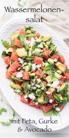 Salada de melancia com queijo feta, pepino e abacate - Die besten Abnehm-Rezepte! Avocado Salat, Cucumber Salad, Feta Salad, Ensalada Cobb, Bulgur Salad, Couscous Salat, Avocado Dessert, Nasi Goreng, Keto