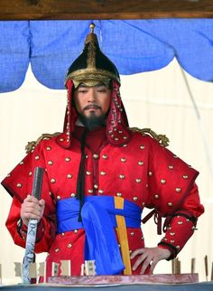 "The Jingbirok: A Memoir of Imjin War(Hangul: 징비록) is a 2015 South Korean television series starring Kim Sang-joong as  Ryu Seong-ryong (1542 – 1607) who was a scholar-official of theJoseon Dynasty of Korea. He held many responsibilities including the Chief State Councillor position in 1592. He was a member of the ""Eastern faction"", and a follower of Yi Hwang. He wrote the Jingbirok a first hand account of the Imjin War.  It aired on KBS.  충무공  이순신"
