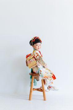 haco | 熊本の写真スタジオ。家族写真・七五三撮影はハコ Japanese Festival, Rite Of Passage, Young Ones, Japanese Kimono, Model Photos, Little Princess, Photo Studio, Family Photos, Baby Kids