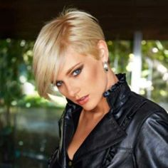 Elevate Styles offers a variety of fashion short wigs. For more information on all of our new short wigs, visit Lace Front Short Straight Blonde Synthetic Wig on our site today! Short Hairstyles 2015, Pixie Hairstyles, Straight Hairstyles, Casual Hairstyles, Pixie Haircuts, Medium Hairstyles, Curly Hairstyles, Celebrity Hairstyles, Hairstyle Ideas