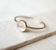 Moonstone Ring Solid Gold Ring 14k Rose Gold Ring von Luxuring