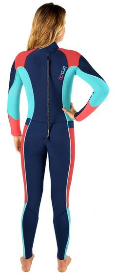 e91d1acfa4 Shop at Wetsuit Wearhouse for the 4 3mm Women s Rip Curl DAWN PATROL  Fullsuit.