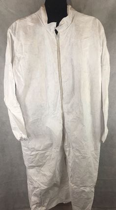 Tyvek  01193 White Disposable - XL Long Frock  With Zipper Box of 30 - NEW #Tyvek